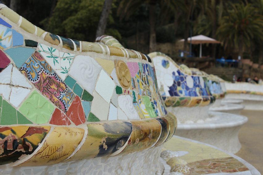 Le panchine colorate di Park Guell