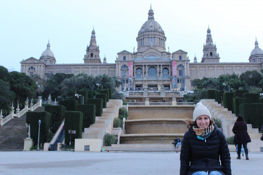 Di fronte al Museu Nacional d'Art de Catalunya