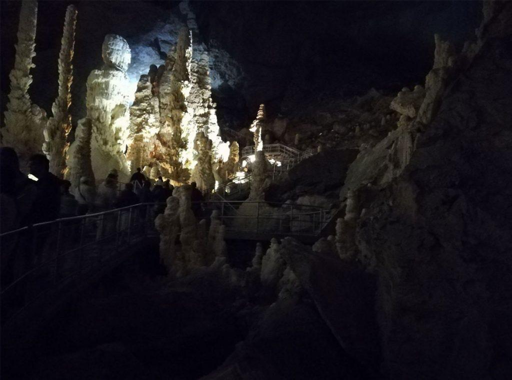 Giganti delle Grotte di Frasassi