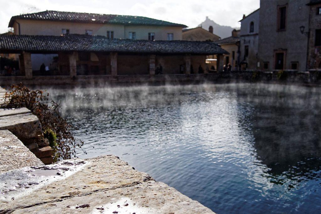 Piazza delle Sorgenti a Bagno Vignoni
