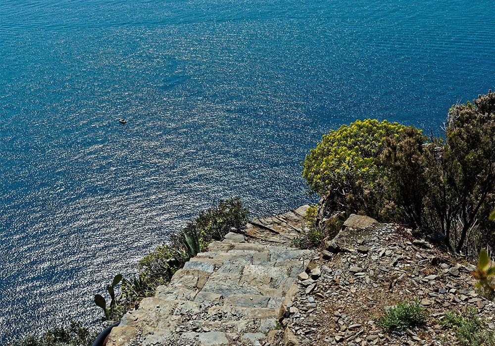 Monesteroli, la scalinata verso il paradiso